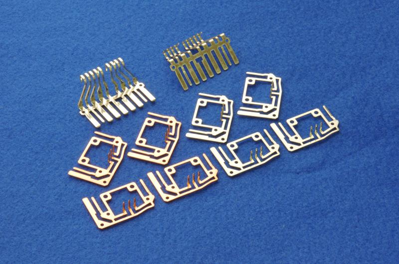 精密プレス加工電子機器部品